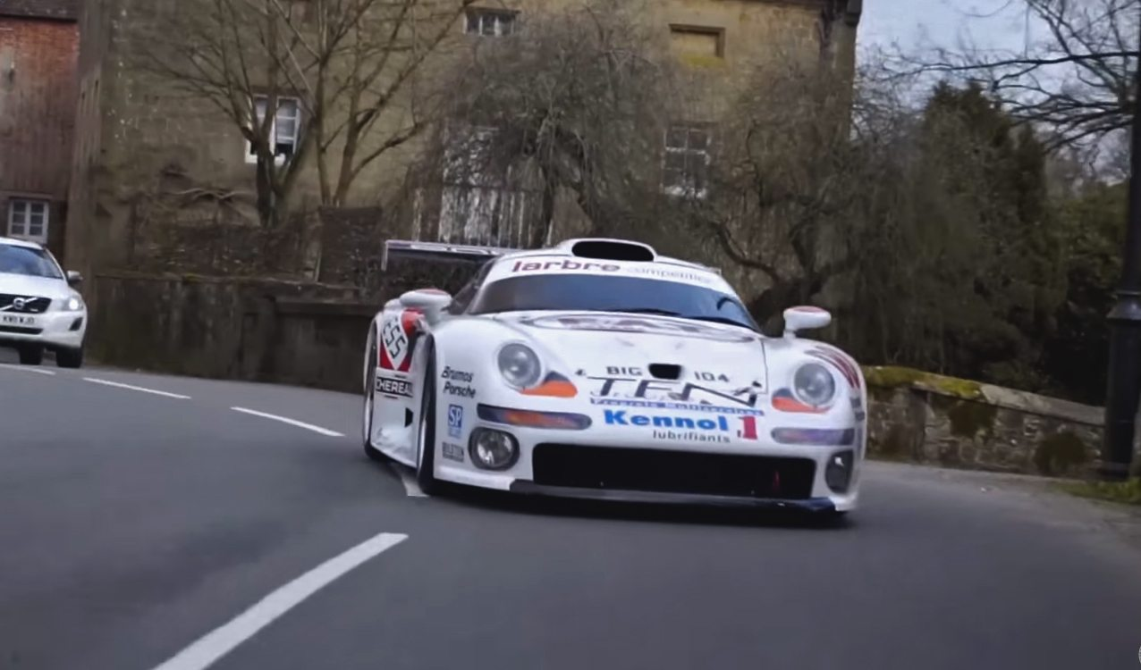porsche 911 gt1 is street legal madness. Black Bedroom Furniture Sets. Home Design Ideas