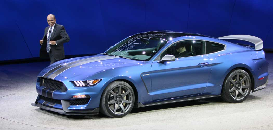 2016 ford mustang gt350 and gt350r price leaked. Black Bedroom Furniture Sets. Home Design Ideas