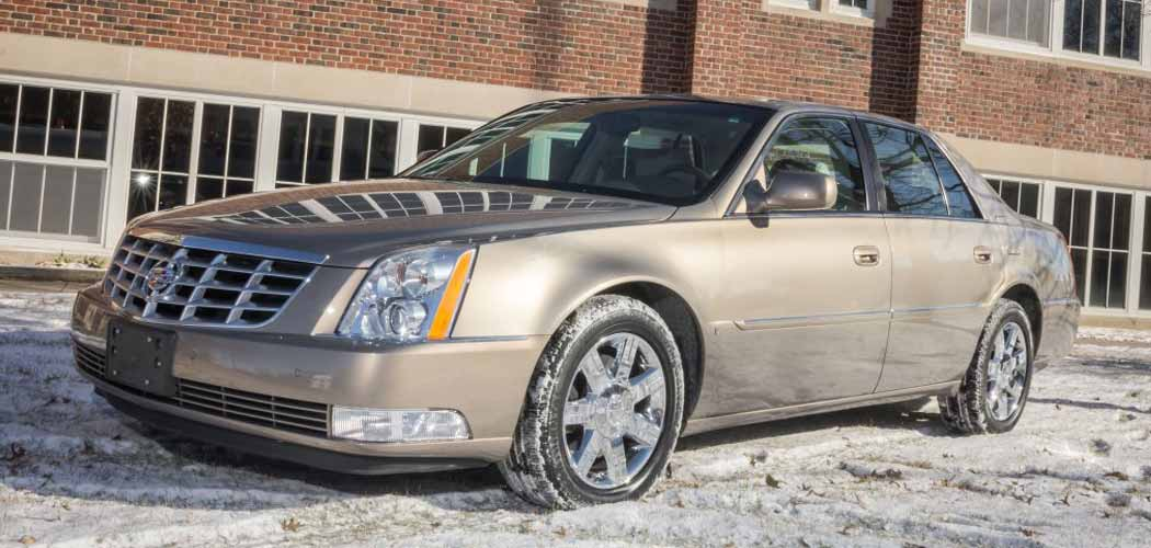 Bid To Win Warren Buffett S 2006 Cadillac Dts