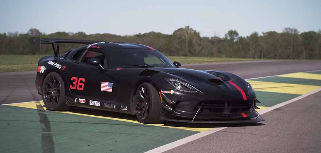 How The 2016 Dodge Viper Acr Was Created Autofluence