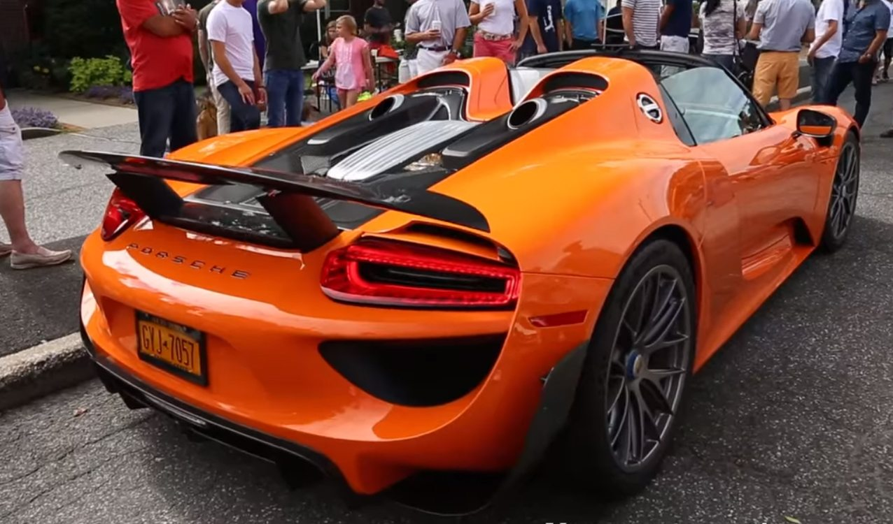 How To Store The Roofs Of The Porsche Carrera Gt And 918