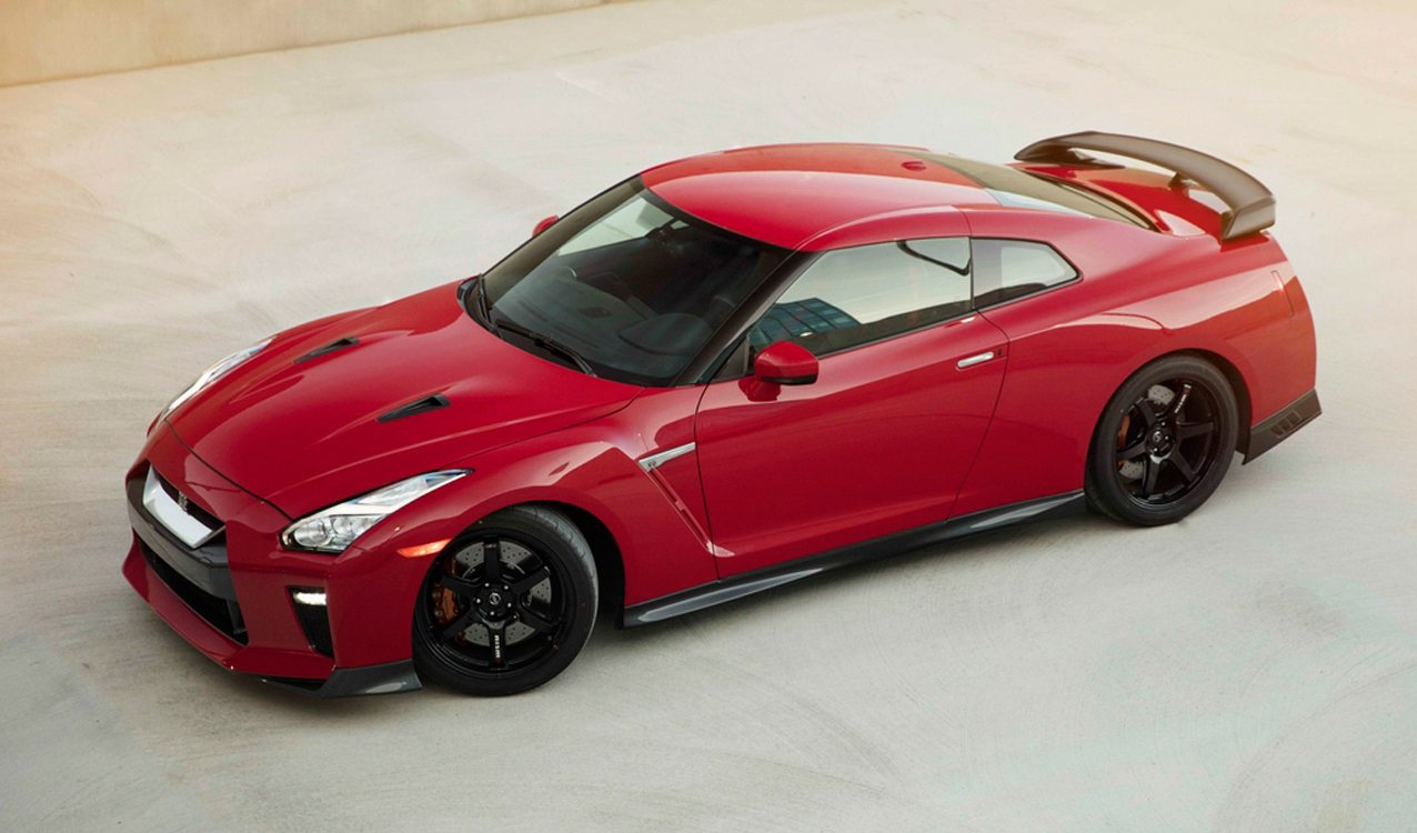 2017 nissan gt r track edition revealed before official debut. Black Bedroom Furniture Sets. Home Design Ideas