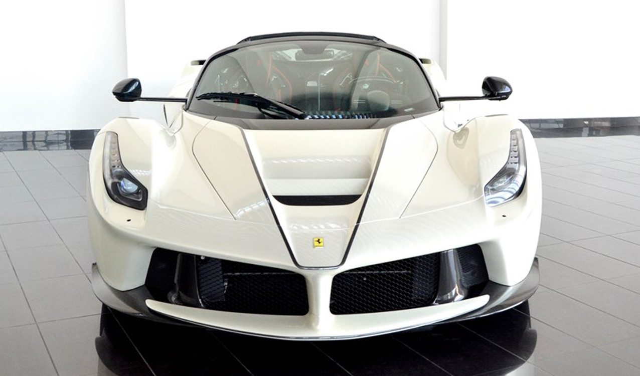 Here S Your Chance 2017 Ferrari Laferrari Aperta For Sale