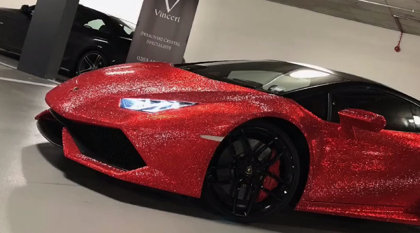 Merveilleux A Lamborghini Huracan Can Be Ordered With A Wide Range Of Paint Finishes.  Heck, Lamborghini Ad Personam Will Deck Out Your Huracan With Custom  Options That ...